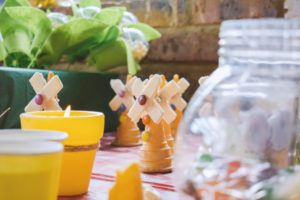 diy party decorations at the kids table