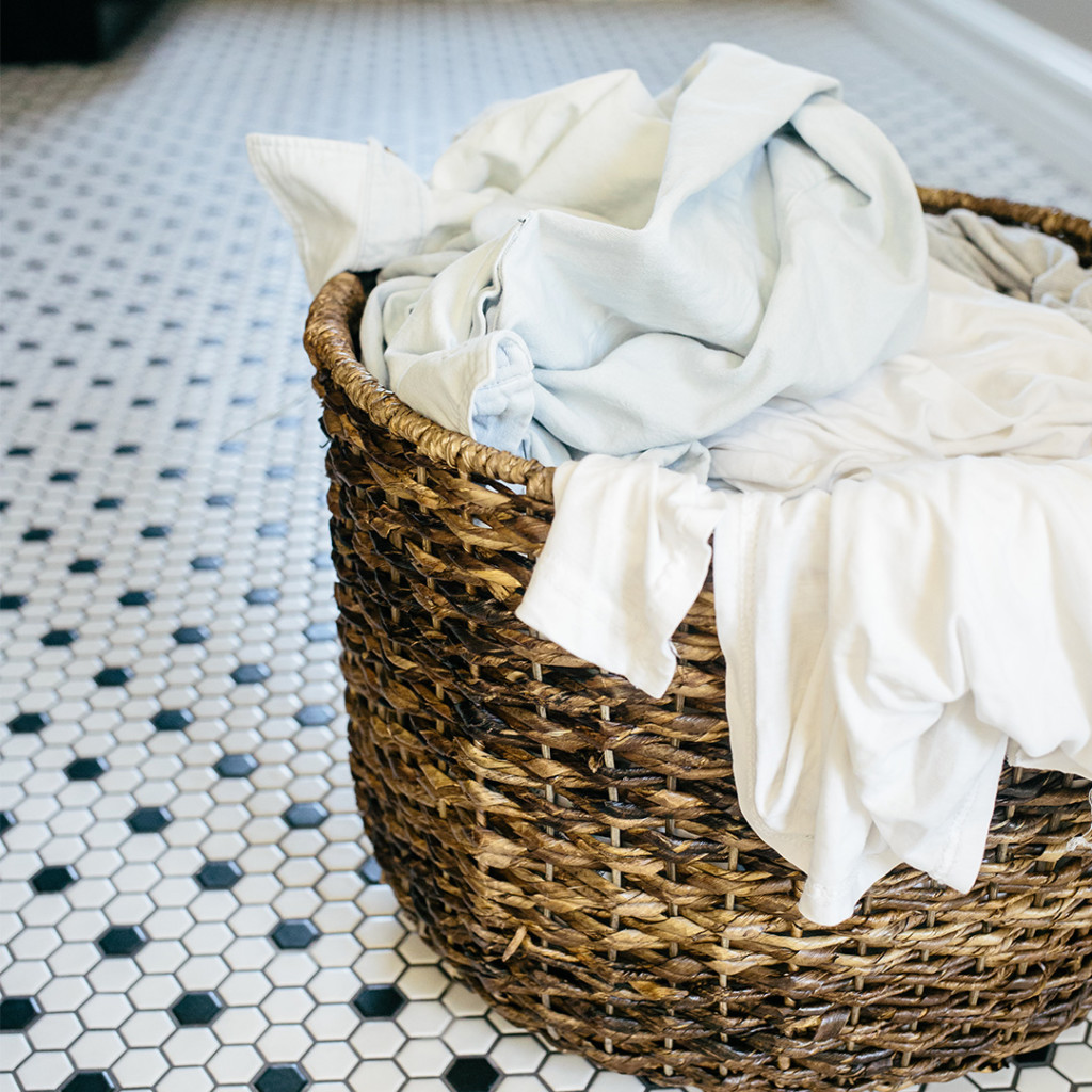 Confessions of a messy mom Laundry